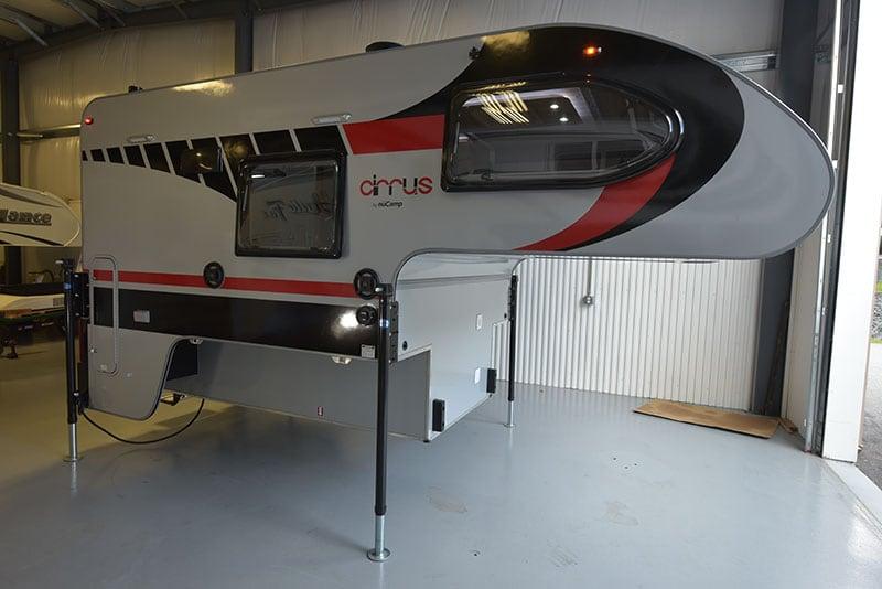 Cirrus 720 Exterior Wide Passenger Side