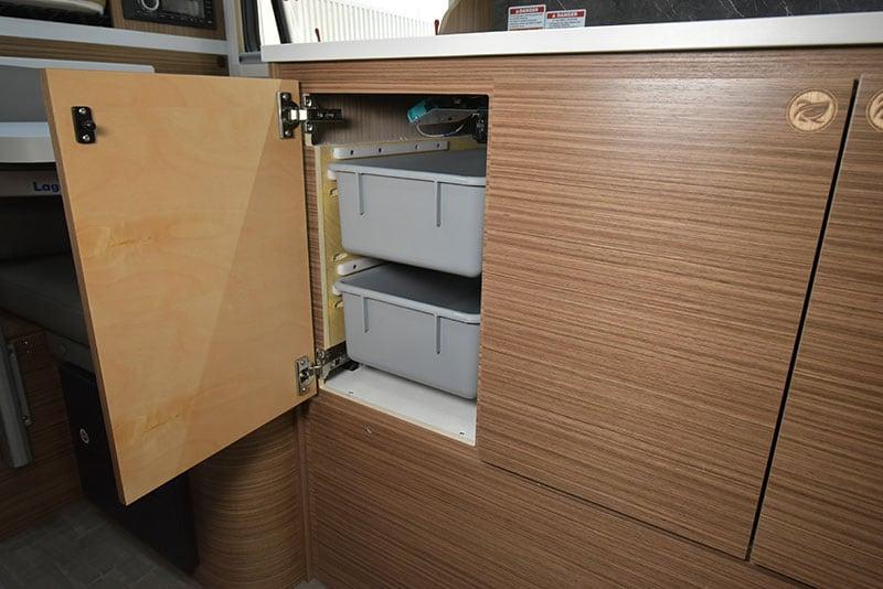 Cirrus 720 Kitchen Lower Cabinet Bins 1