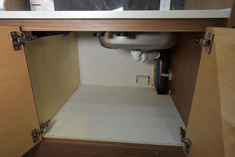 Cirrus 720 Kitchen Lower Under Sink