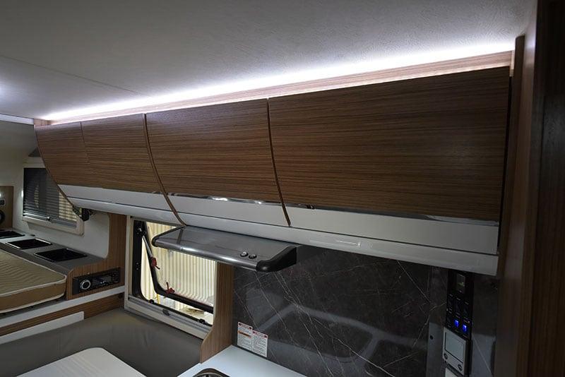 Cirrus 720 Upper Cabinet Passenger Side Closed