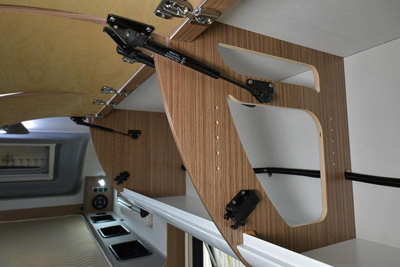 Cirrus 720 Upper Cabinet Struts And CNC Cuts