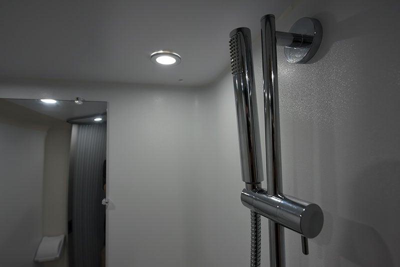 Cirrus 720 Wet Bath Shower Head