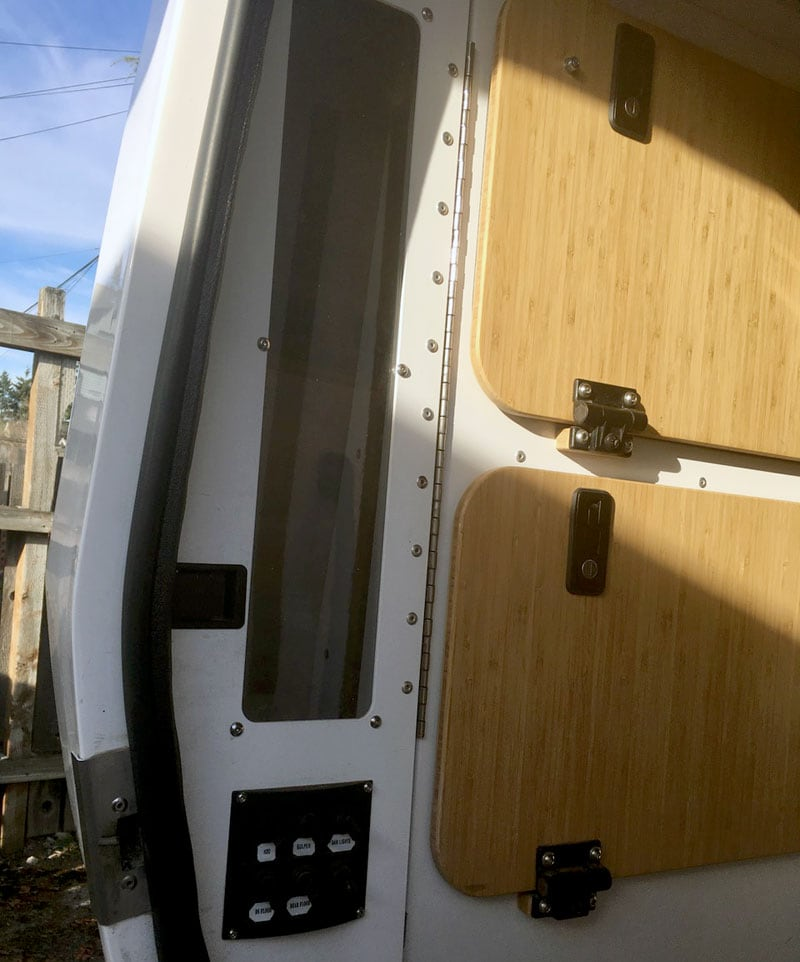 Tall Shelf In An Earth Cruiser Camper