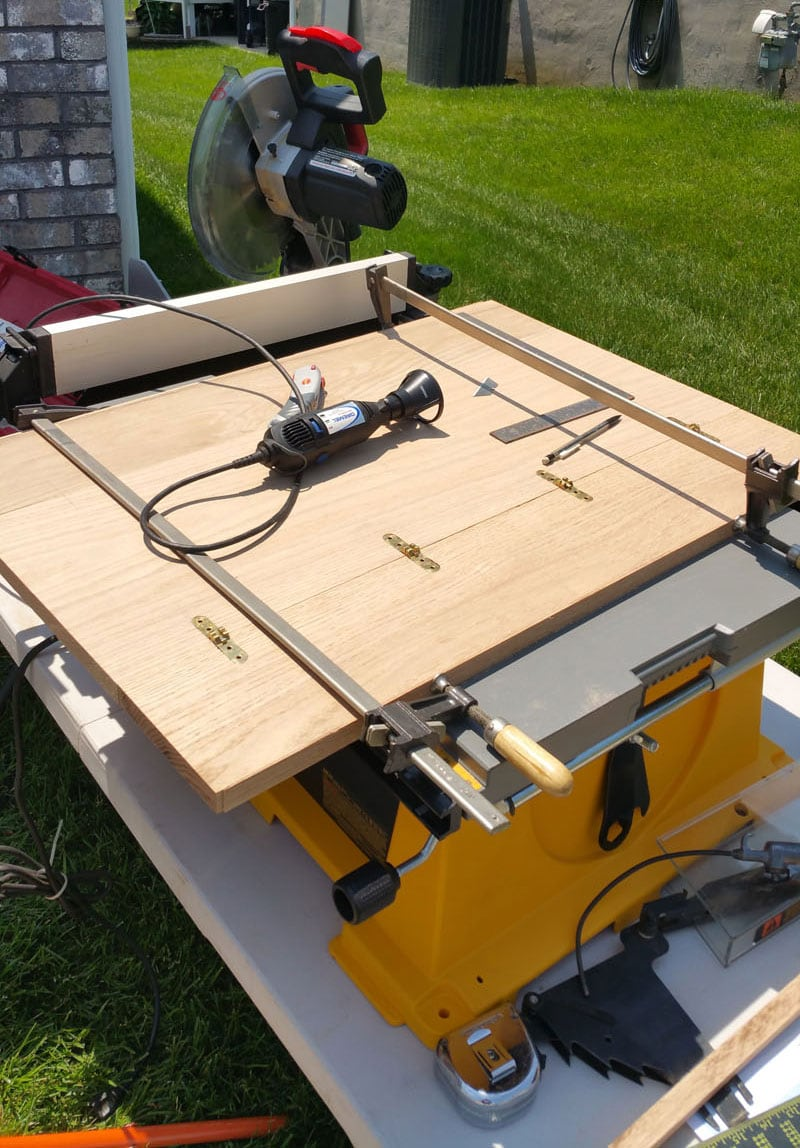 Construction Of Hinged Dinette Table