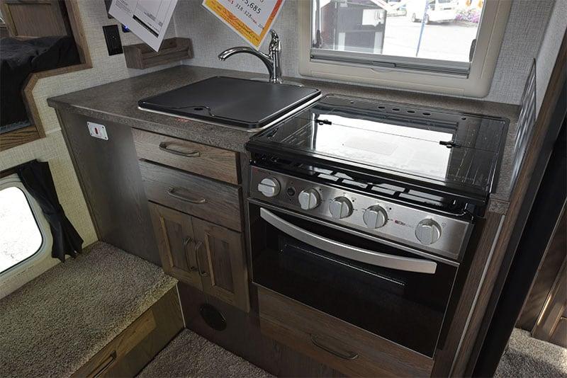 2020 Northern Lite Greystoke Kitchen Cabinetry