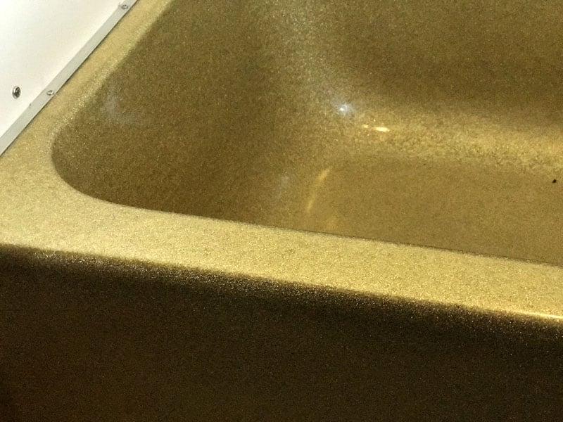 Gold Metal Flake Tub