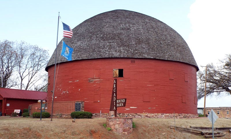 The Round Barn In Arcadia OK
