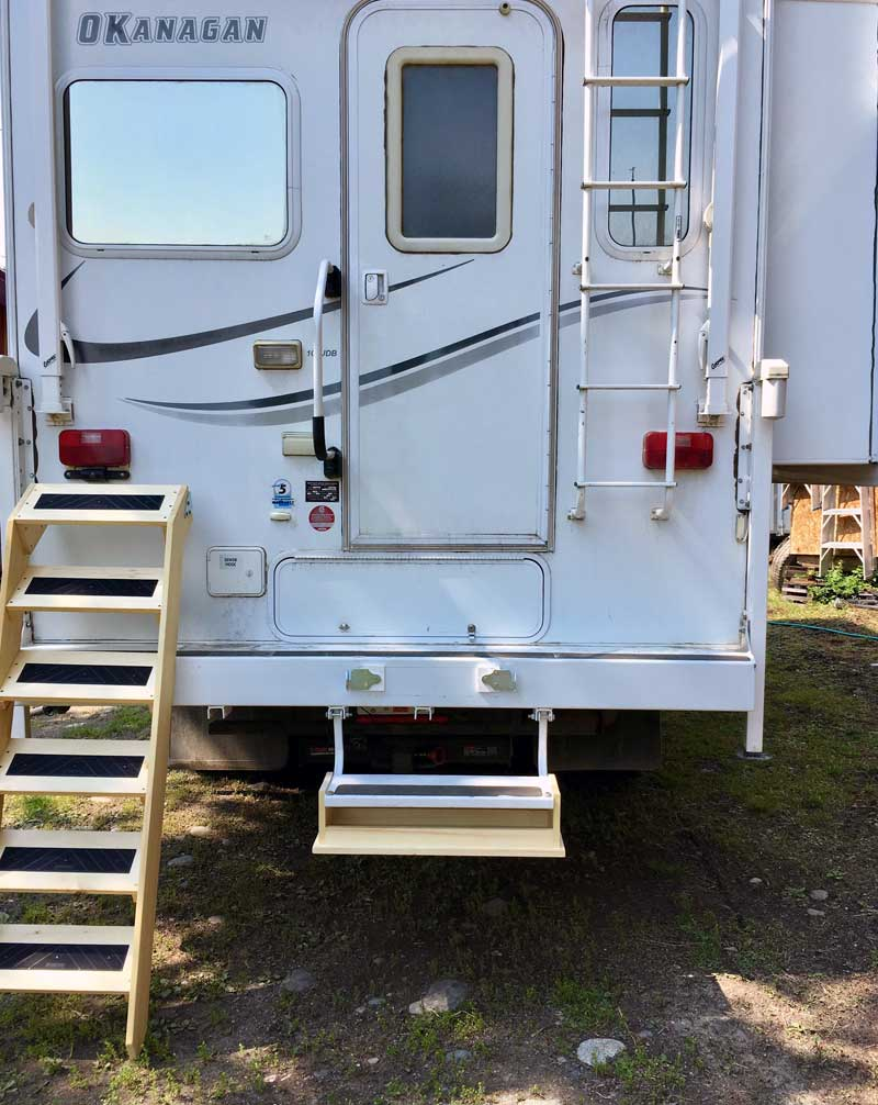 Two Different Stairs For Okanagan Camper