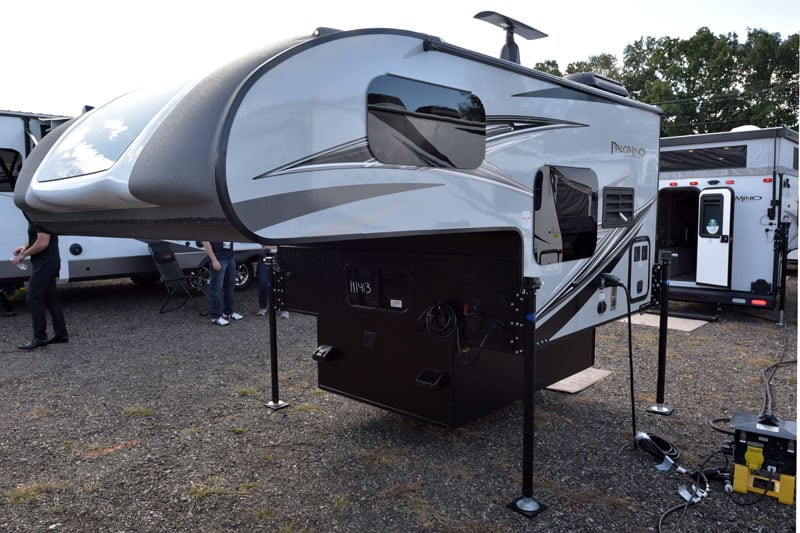 Palomino Camper HS690 New For 2020