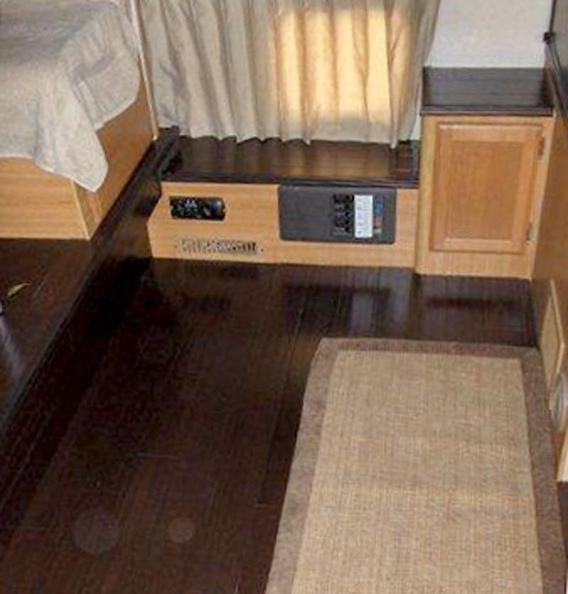 Bamboo Floor Lance Camper 1191