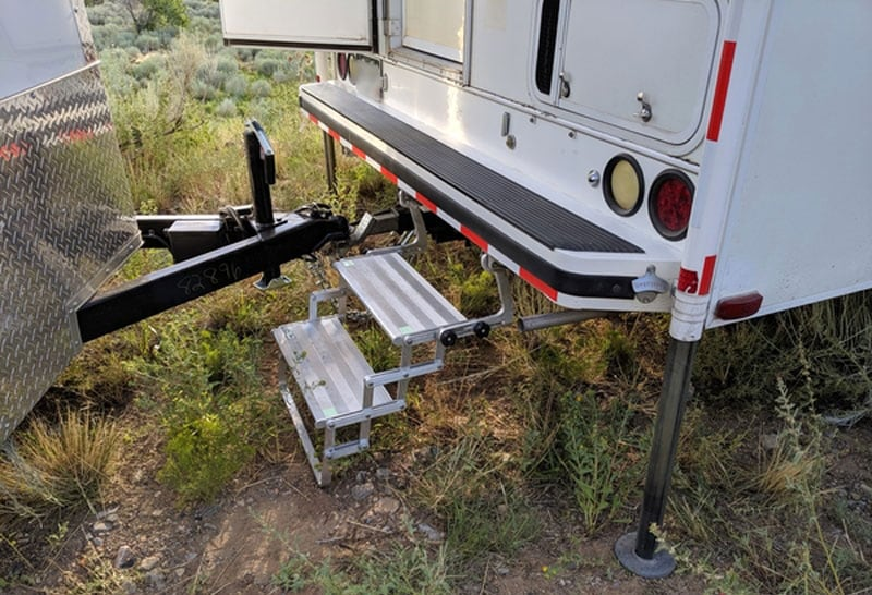 Glowstep Mounting Brackets Side When Towing