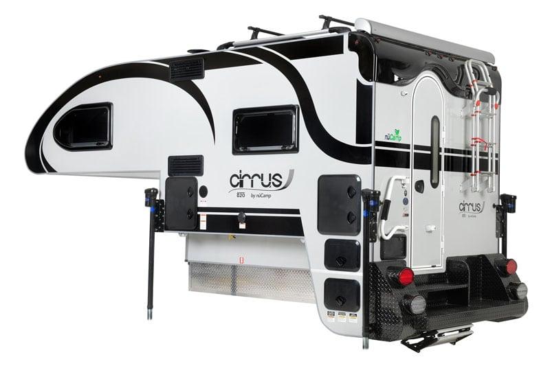 2021 Cirrus 820 Black Logos