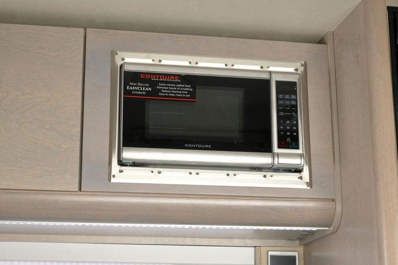 2021 Cirrus 820 New Microwave
