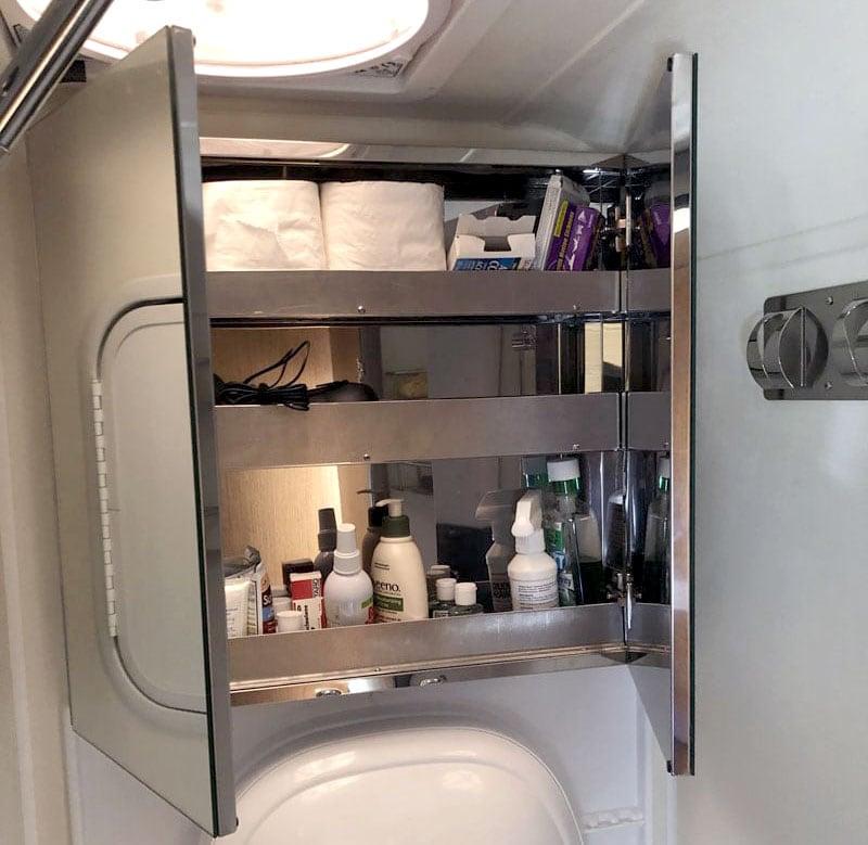 Bathroom Storage Cirrus 920