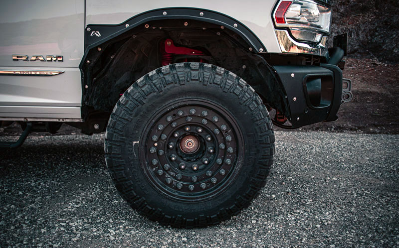Fury-37-inch-tires-4200-pound-payload-rating