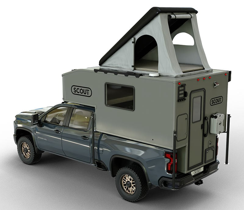 Scout Kenai with roof top tent