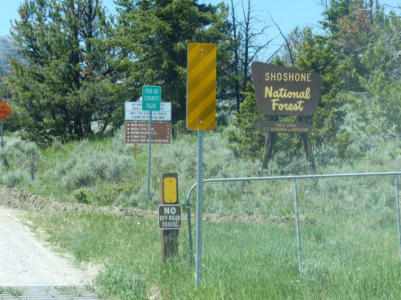 Signs To Abandoned Gold Town Of Kirwin.jpeg