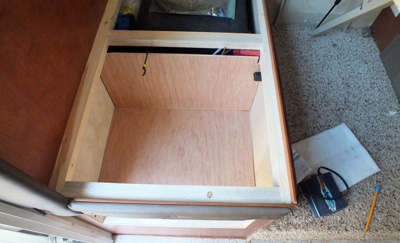 Cat Litter Box Opening Under Dinette