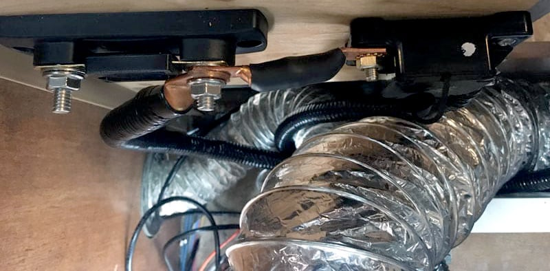 Installation-of-a-2000-watt-pure-sign-wave-inverter-wires