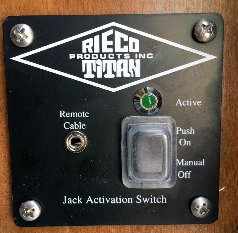 Activation-Switch-hole-to-wake-up-the-control-board