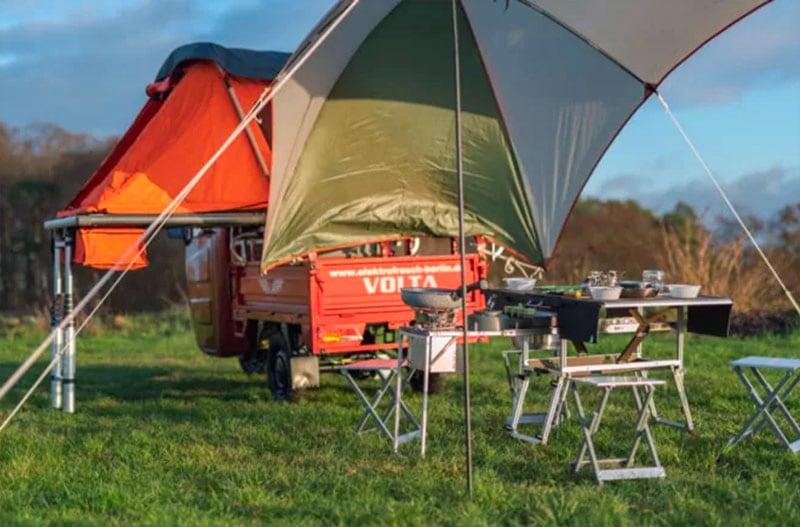 Electric Frog Camper Outside Eating