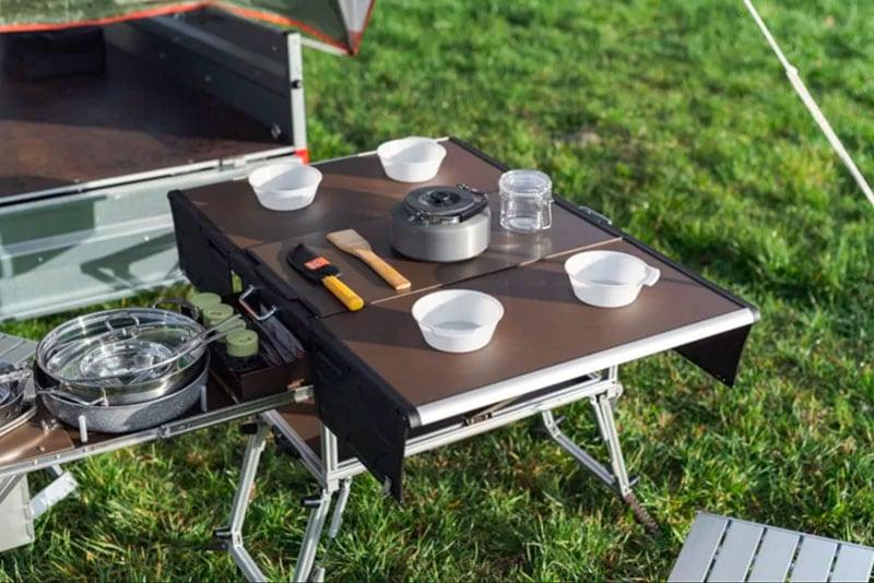 Electric Frog Camper Table Set Up