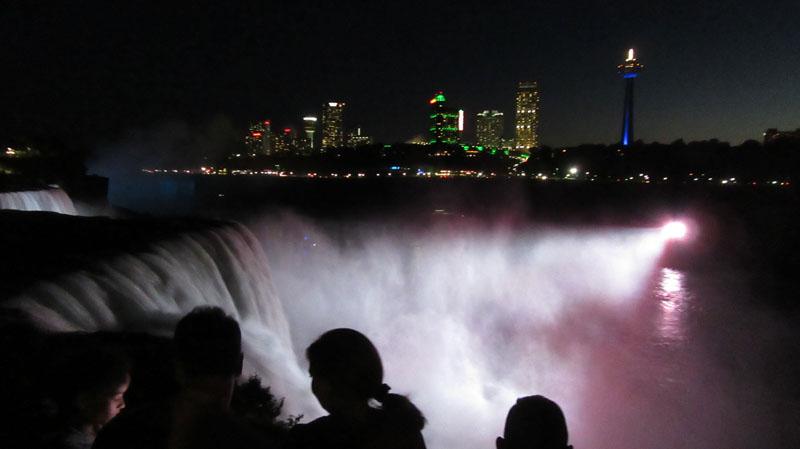 Niagara Falls night light show