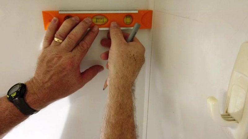 RV Bathroom Caddy Level