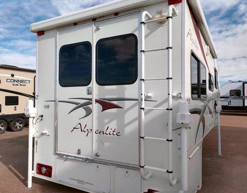 Alpenlite SUTC 1180 Back Doors