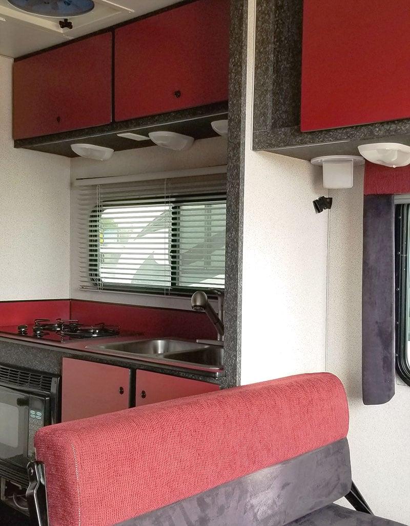 Alpenlite SUTC 1180 Dinette To Kitchen