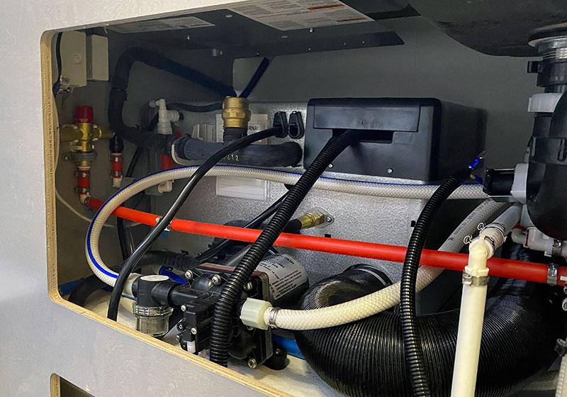 Cirrus 620 Alde Compartment