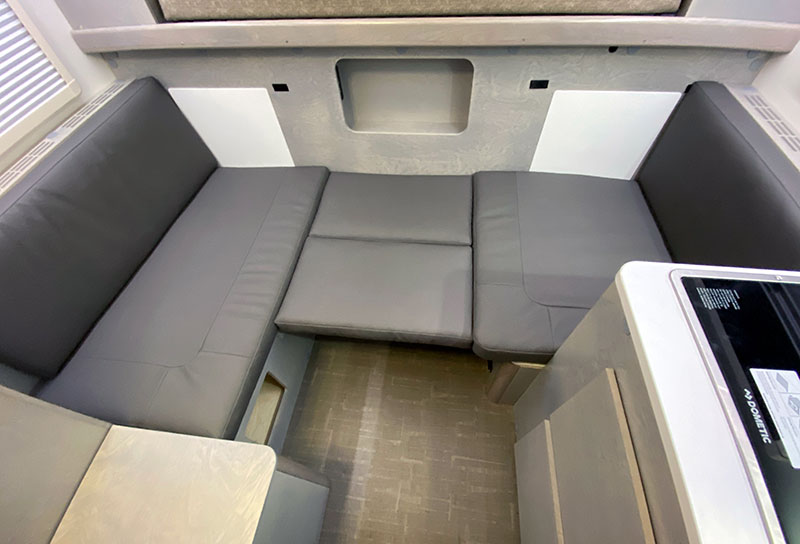 Cirrus 620 Dinette Into Bed