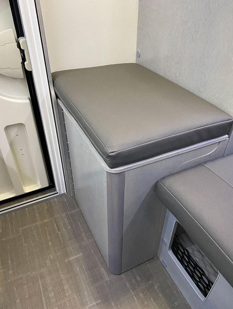 Cirrus 620 Cassette Seat