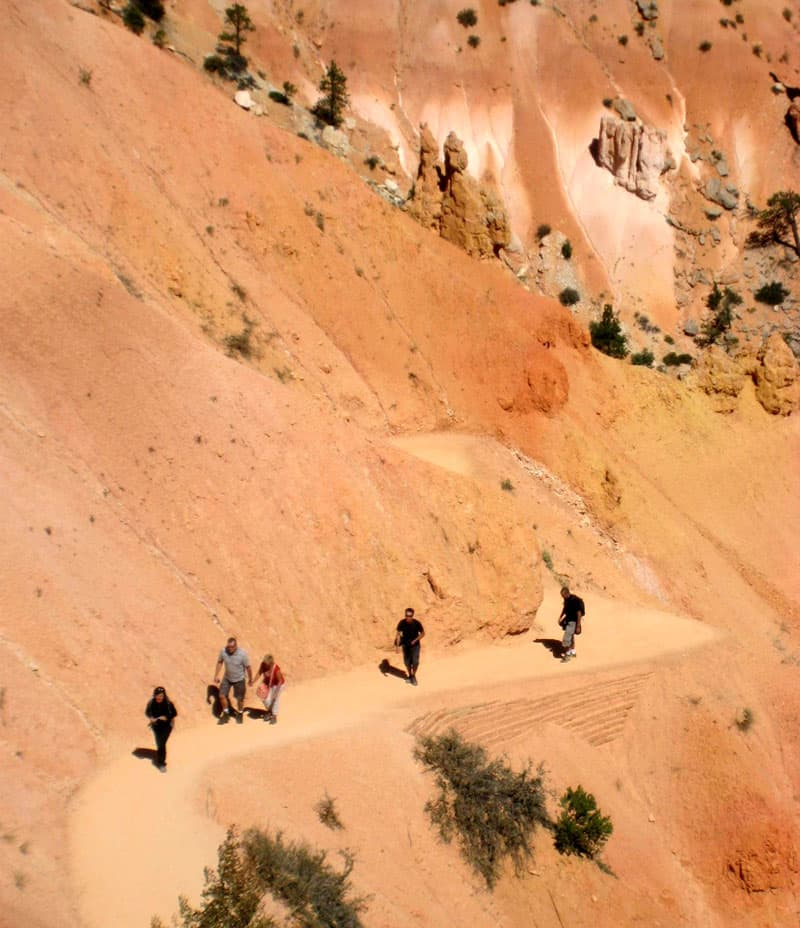 Switchback Hikes In Bryce Canyon