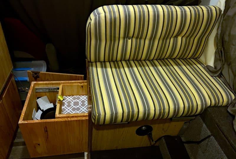 Dual Drawer Under Dinette Seat