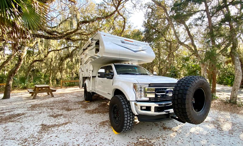 Ford F450 With Lance Camper Super Singles