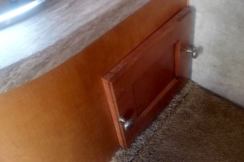 Pull Out Drawer Area Closed