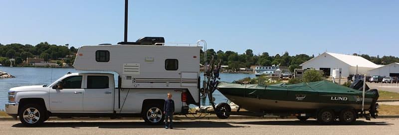 St Ignace MI Truck And Camper Rig