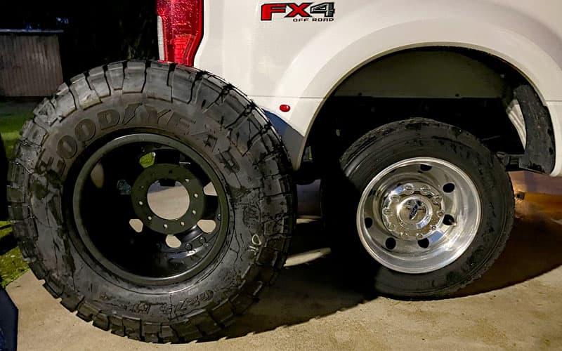 Super Single Vs 19 5 Tire