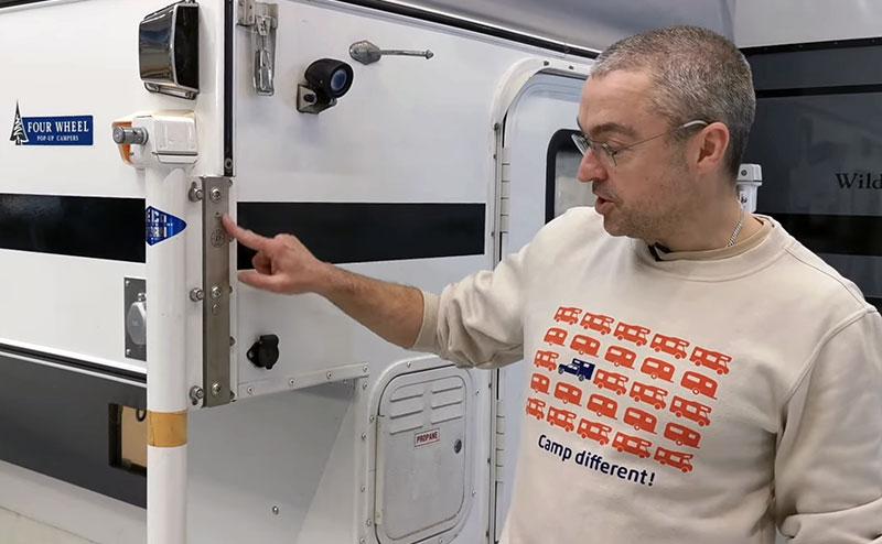 D-Jacker System T-Shirt