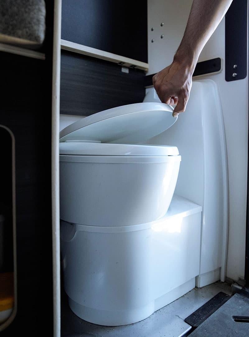 Scout Kenai Cassette Toilet