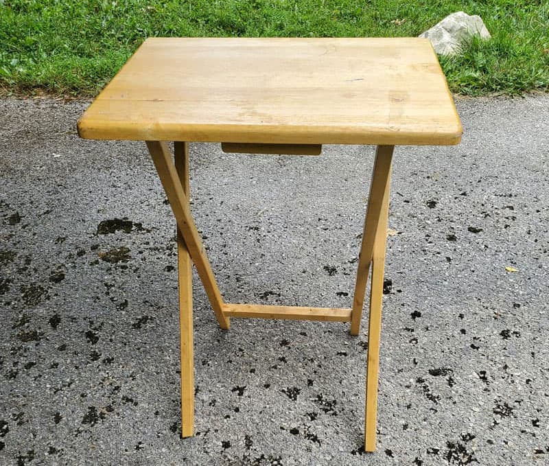 Tv Tray For Dinette Table Wobbles