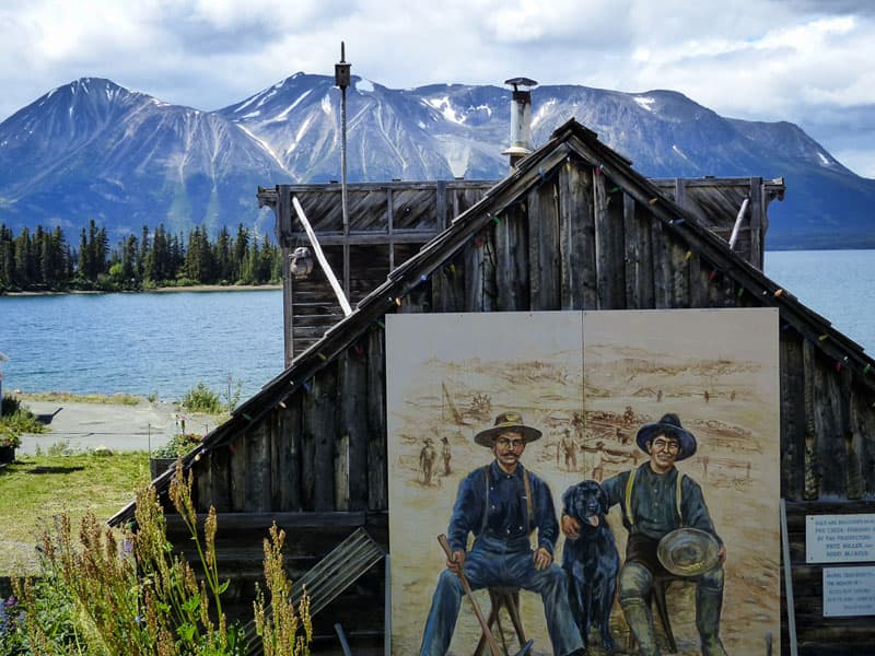 Atlin, British Columbia, Gold Mine mural Mountains