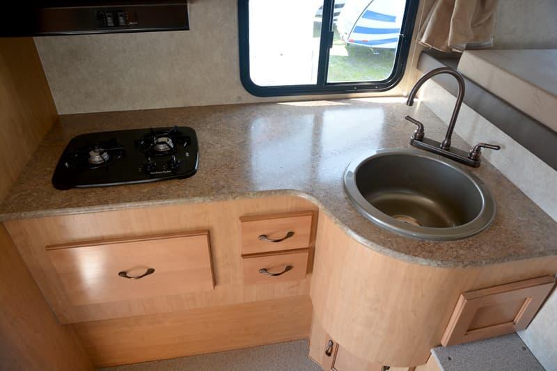 Adventuer-80RB-kitchen-stove-sink
