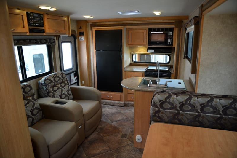 Adventurer 116DS interior double-slide camper