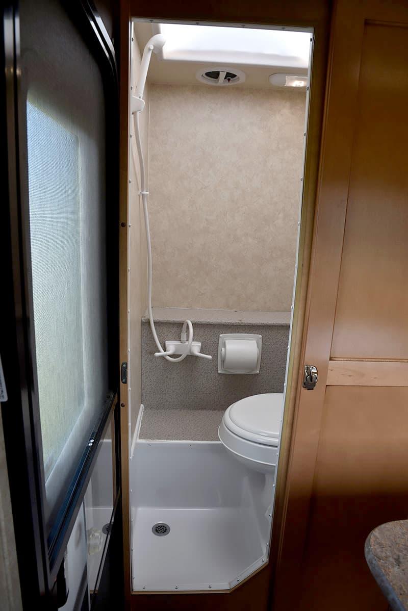 Adventurer-80RB-Bathroom-Wet