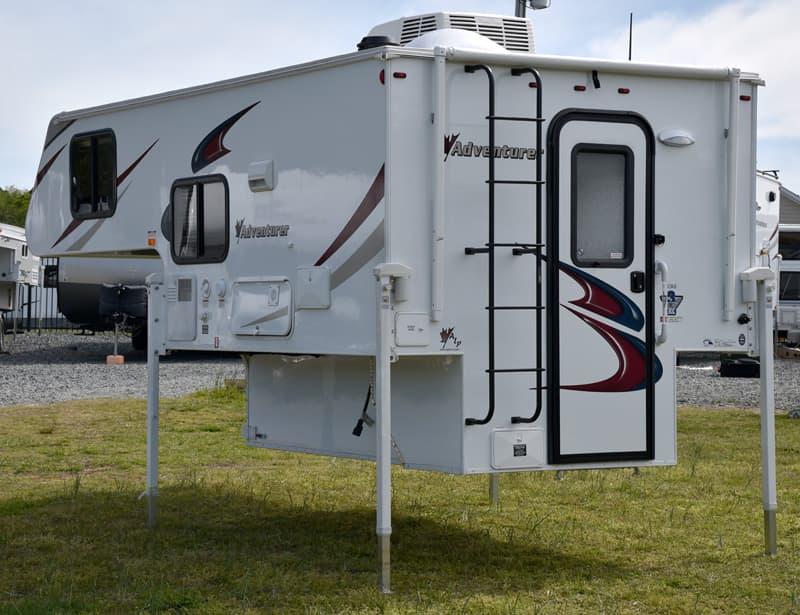 Adventurer-80RB-D-H-RV-Center-North-Carolina