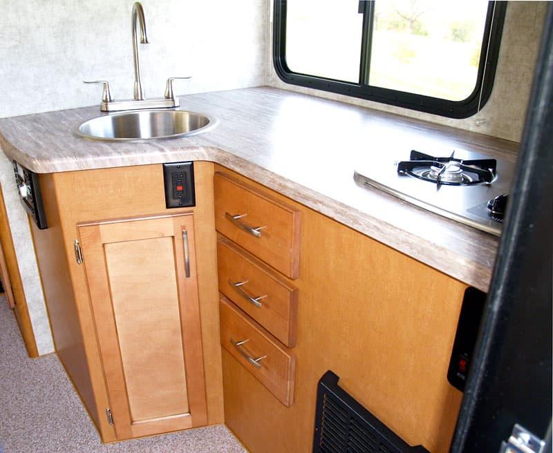 Adventurer 80S kitchen