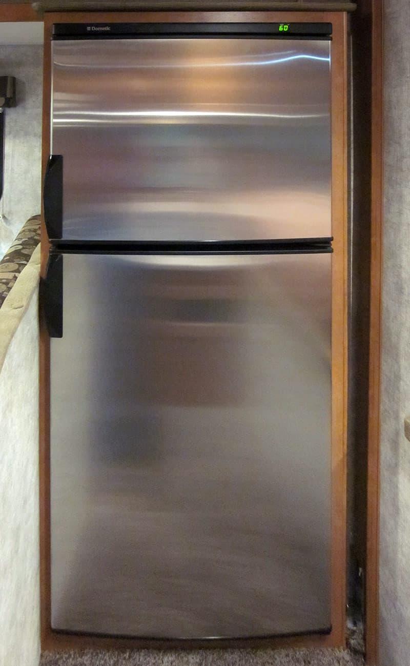 Adventurer-89-RBS-Refrigerator