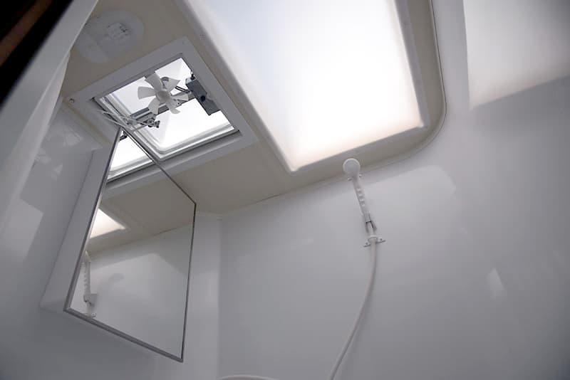 Adventurer 89RBS Bath Skylight and Fan